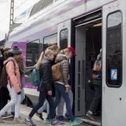 HSL:n juna Helsingin päärautatieasemalla