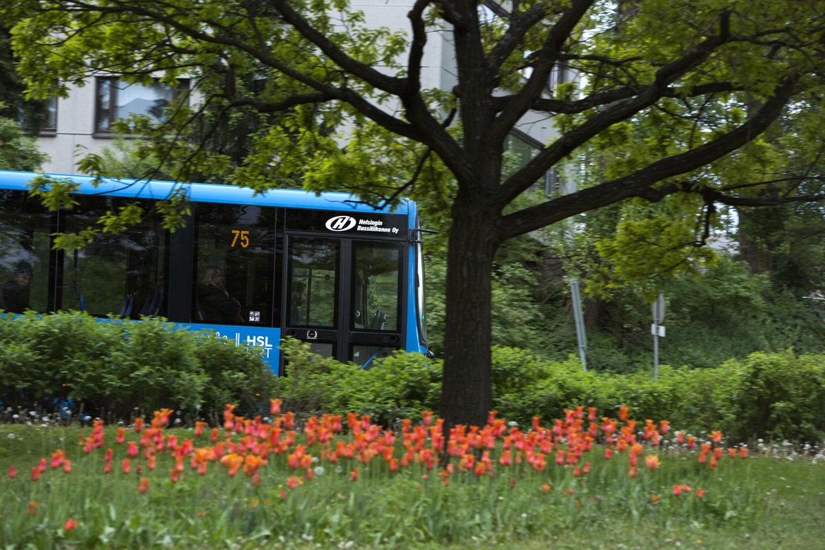 Bussi 75 siirtyy kulkemaan Lahdenväylää pitkin Jakomäkeen