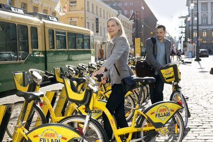 Kaupunkipyörät Senaatintorilla