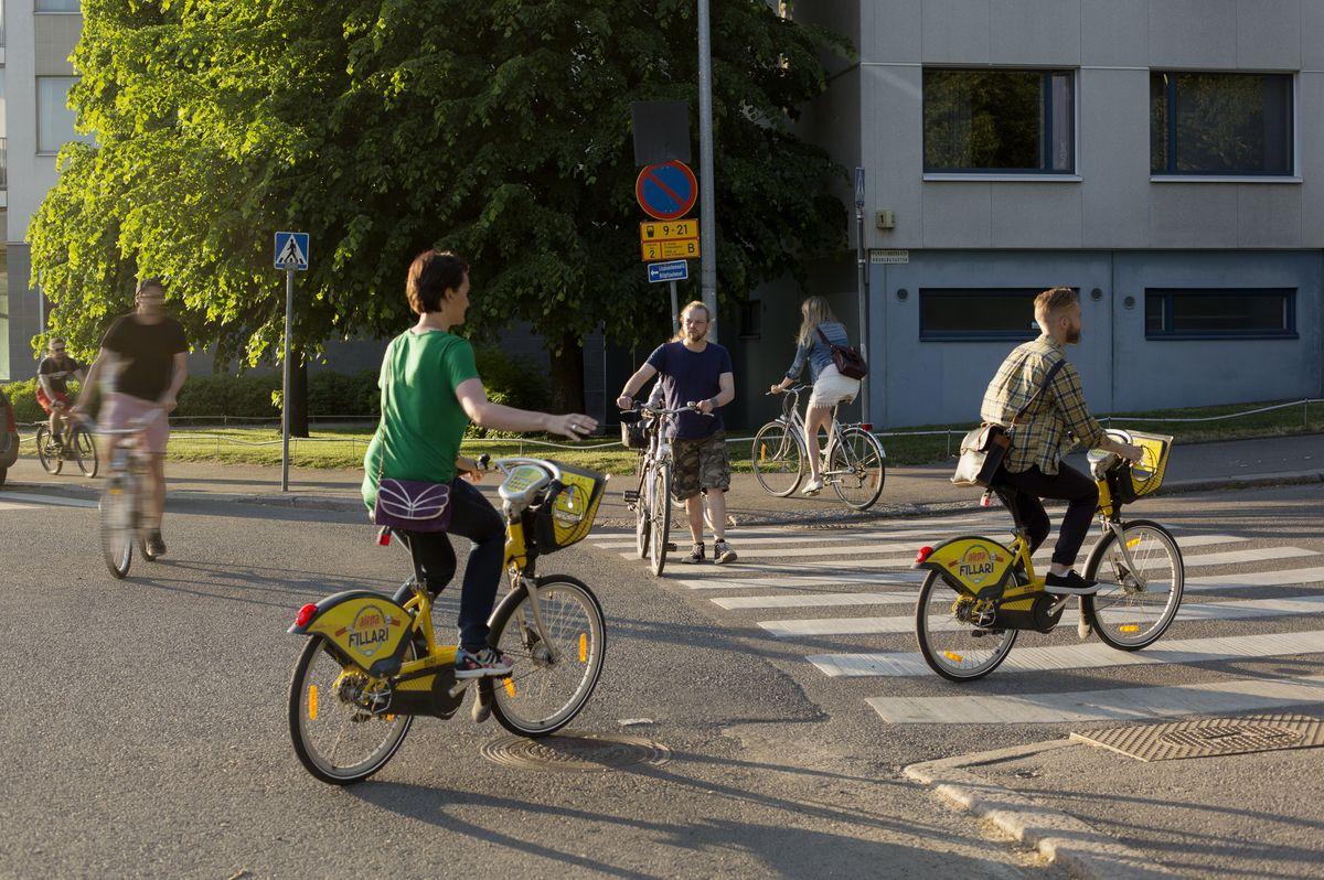 pyöräilijät